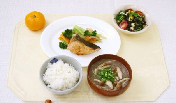 筋トレ 減量 食事 メニュー
